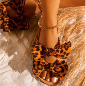 Leopard Double Bow Footbed Sandals